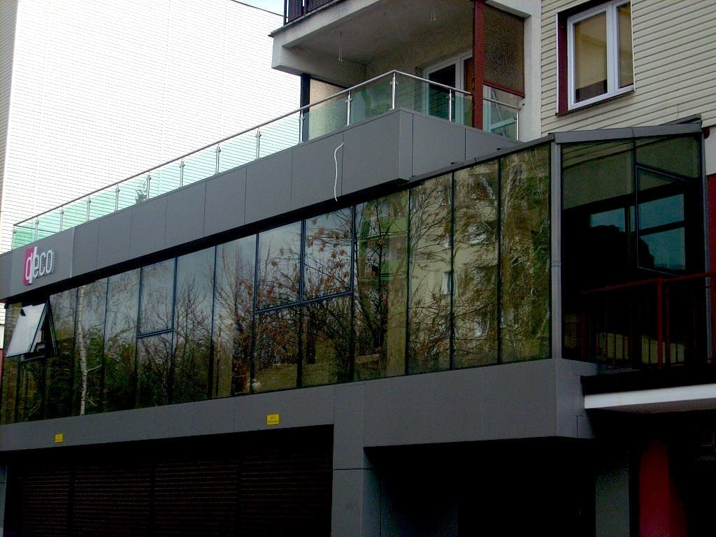 Zabudowa budynku mieszkalno biurowego
